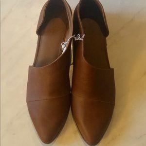 Universal Thread cognac loafers